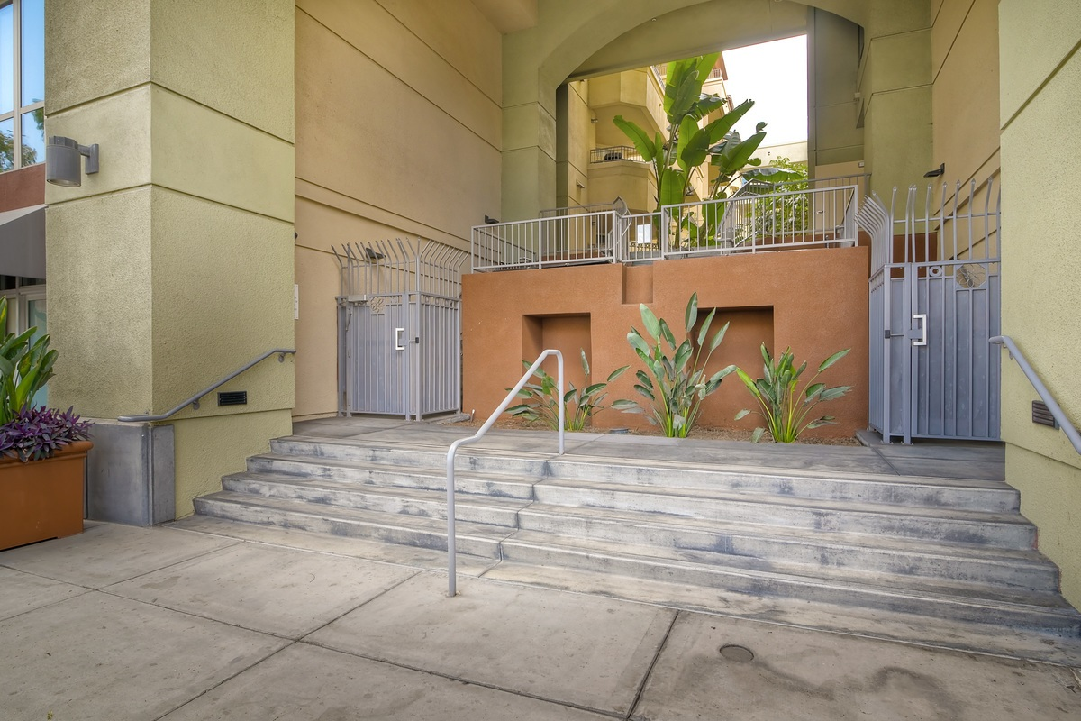 San Diego Real Estate: MLS 180027036