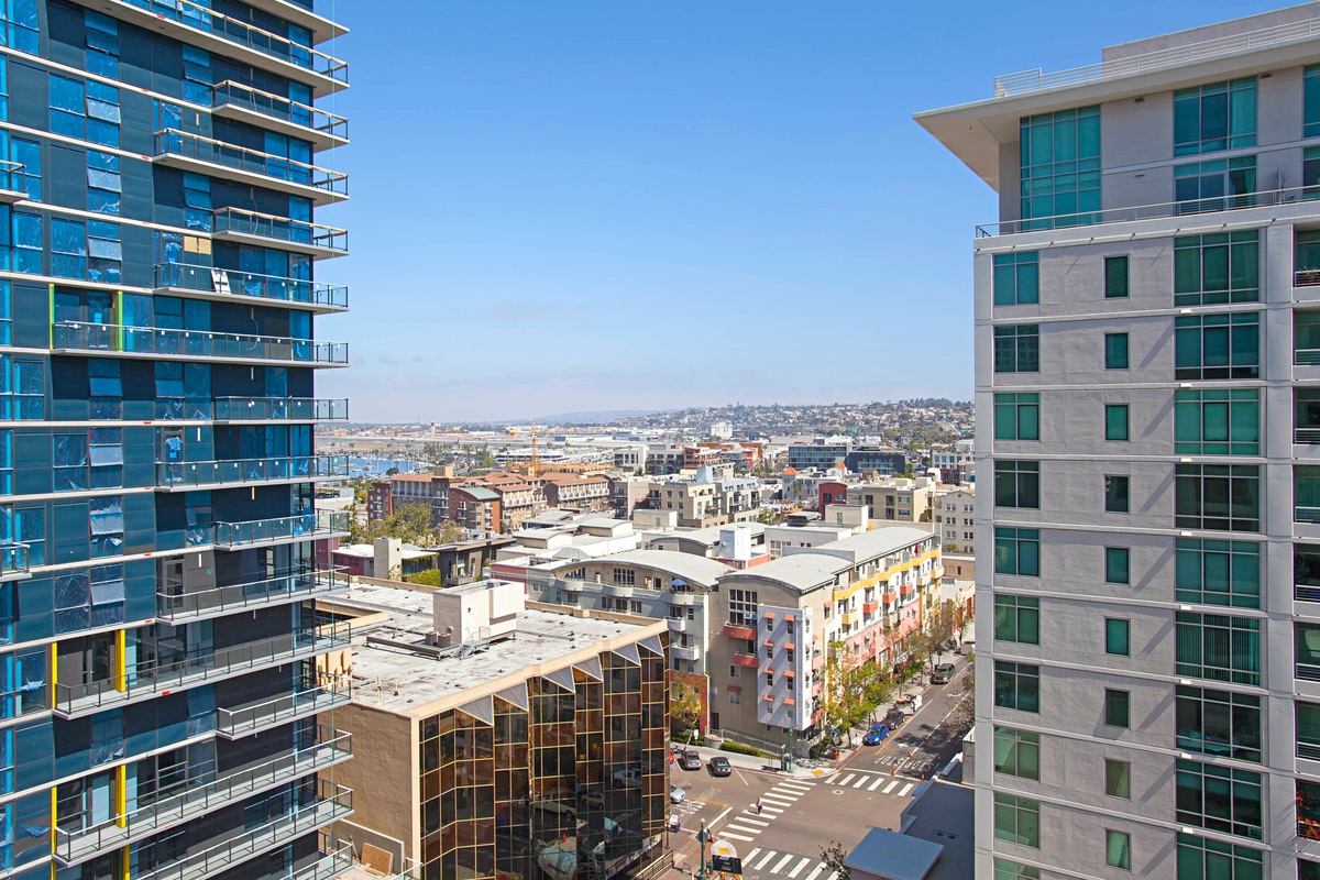 San Diego Real Estate: MLS 180036575